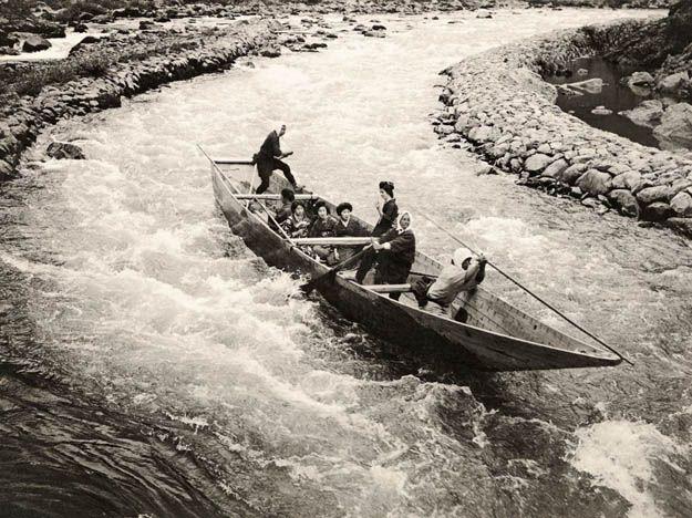 boat-rapids-sakamoto
