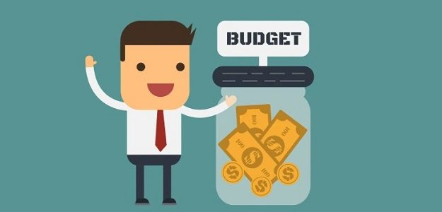 How can you make the best use of an average marketing budget?